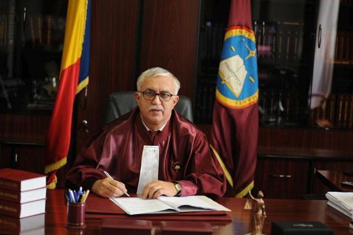 Decizia Curtii Constitutionale care afecteaza TOTI ANGAJATII din Romania! Patronii NU vor mai putea face asta!