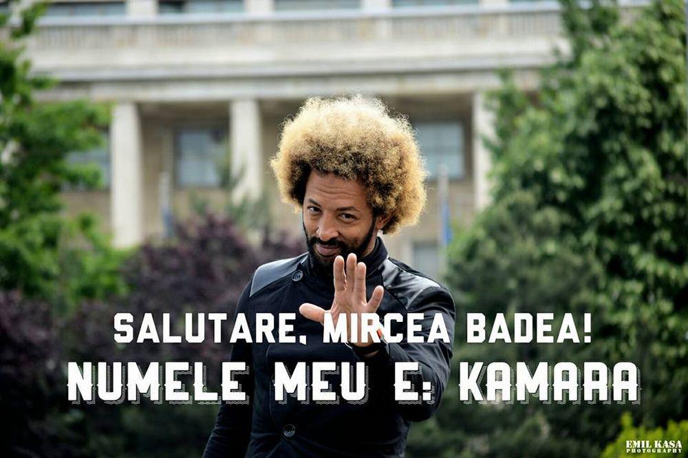 Kamara: Salutare, Mircea Badea. Ai spus că te scârbeşte prostia şi că te-ai săturat de proşti. Prietene (cum îți place să o spui), de tine nu te-ai săturat?