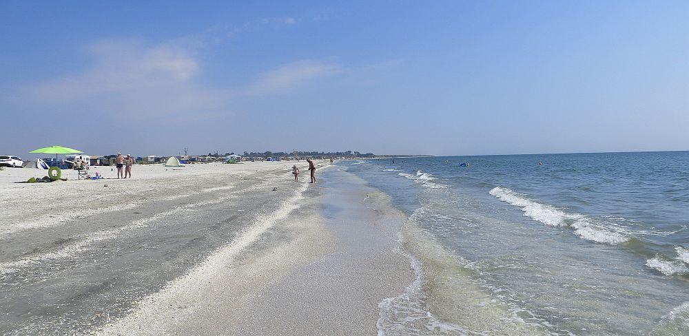 FOTO-Rivalizeaza cu Seychelles sau Brazilia! O plaja din Romania inclusa in TOPUL CELOR MAI FRUMOASE din lume!