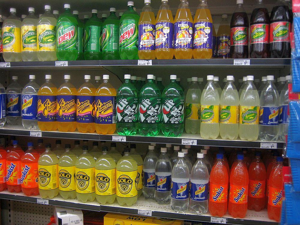 CANCERUL vine la sticla! Un nutritionist roman spune care sunt otravurile pe care le bem zilnic!