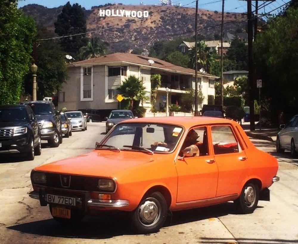 FOTO – VIDEO Un roman a traversat America, dintr-un capat intr-altul, cu o Dacia din 1977!