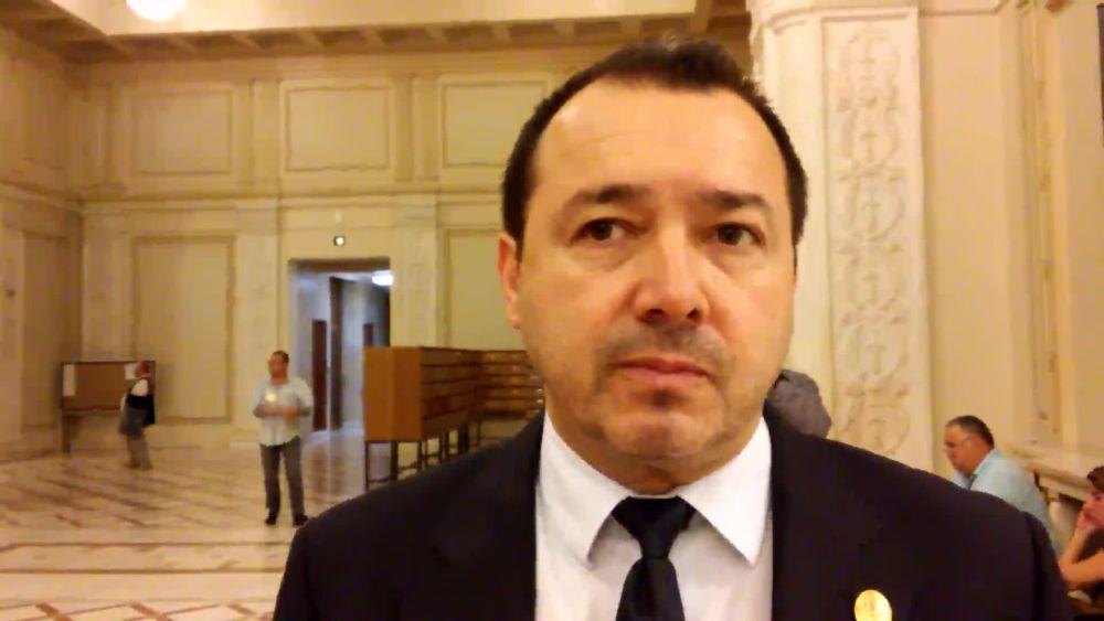 Deputat PSD: Vorbesc in numele prostilor alora care ne-au trimis in Parlament!