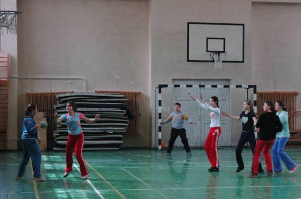 Lege noua: Copiii vor face sport sambata, la scoala!
