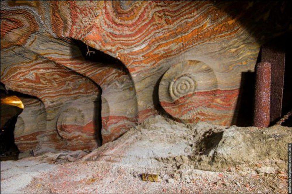 FOTO – Intreaga lume a ramas UIMITA! Descoperire INEXPLICABILA in maruntaiele pamantului, vechi de milioane de ani!