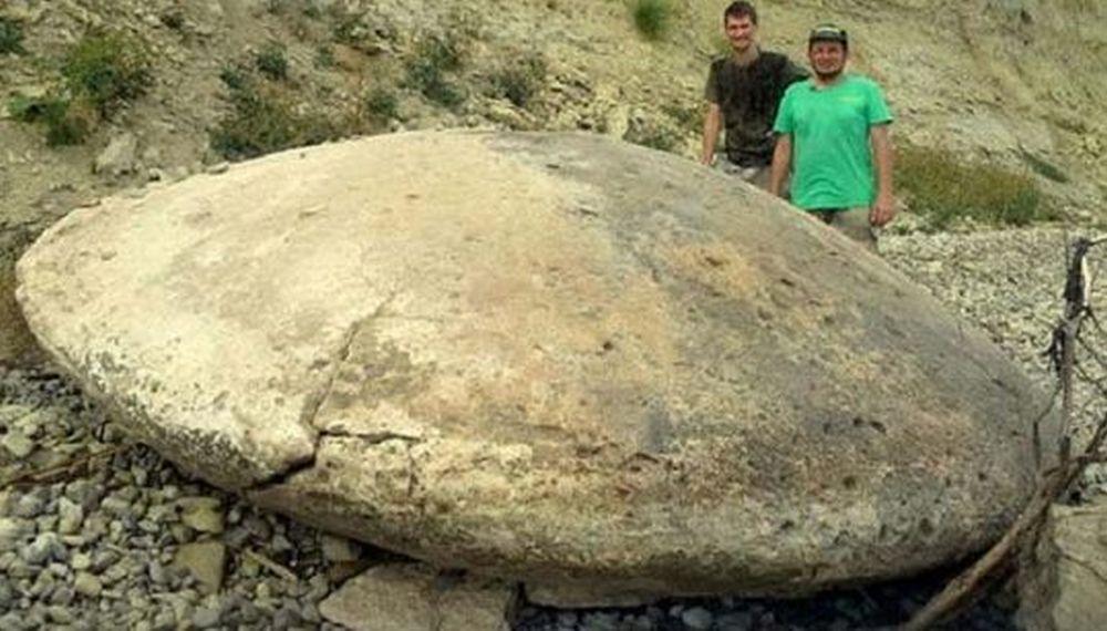 Discuri INEXPLICABILE din piatra decoperite in Rusia! Localnicii cred ca ar fi EXTRATERESTRE!