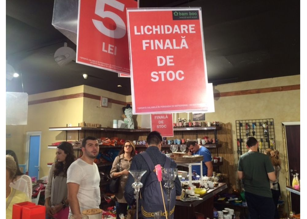 Lichidare de stoc! Reduceri de peste 50% la cel mai mare magazin romanesc de decoratiuni interioare!