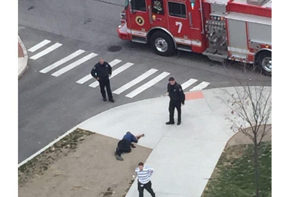 FOTO – VIDEO Atac ARMAT in SUA! Un barbat a intrat intr-o universitate si a IMPUSCAT opt studenti!
