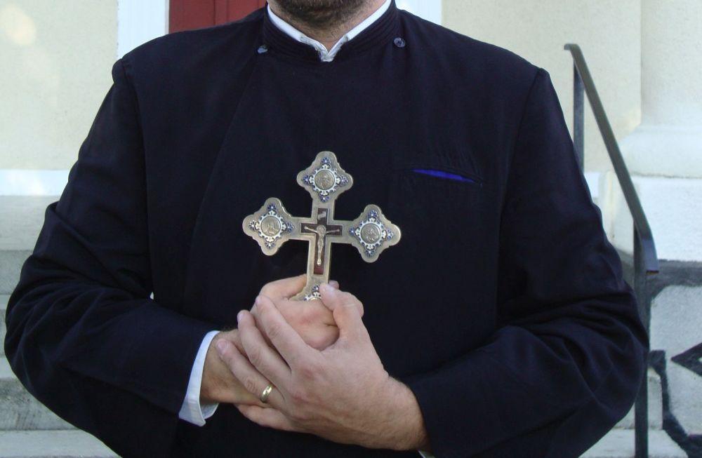 Moment istoric in Romania: Biserica Ortodoxa si cea Catolica se unesc pentru a-si atinge scopul comun!