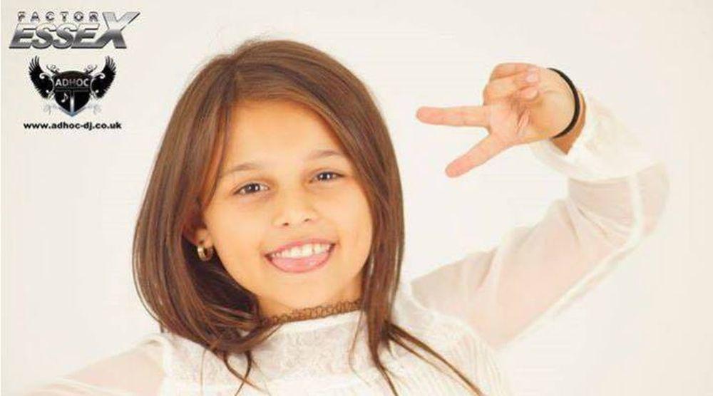 VIDEO – O fetita de 10 ani din Romania este NOUA SENZATIE muzicala a Angliei!