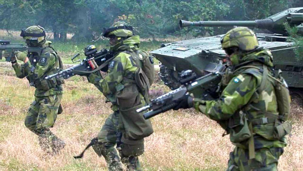 """Mesajul unei tari europene! """"Pregătiţi-vă de RĂZBOI!"""". O confruntare armată cu Rusia este posibilă!"""