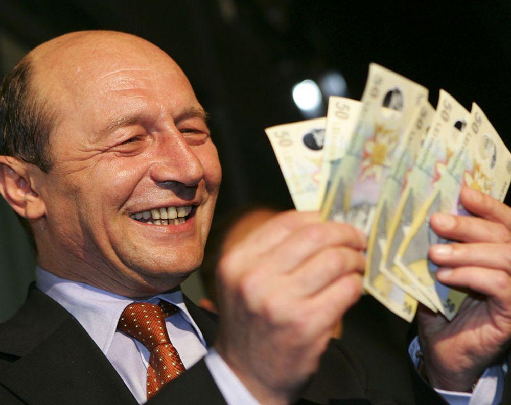 Adevaratul motiv pentru care fostul presedinte CANDIDEAZA! Traian Basescu S-A IMBOGATIT peste noapte!