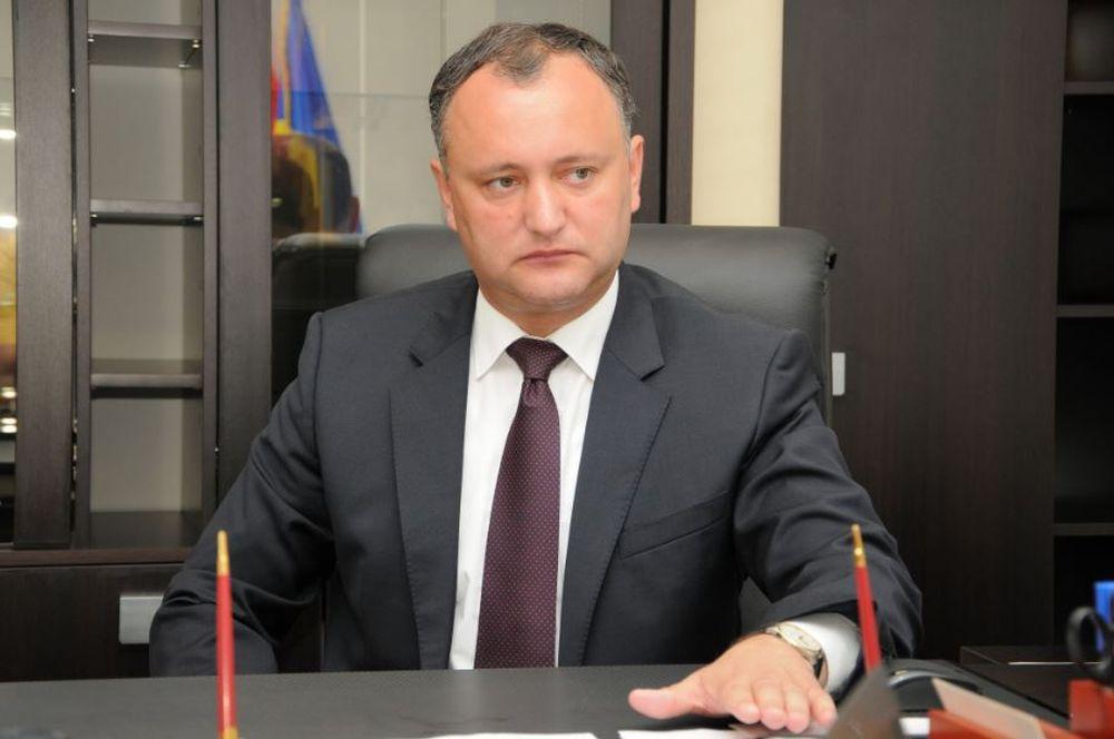 """INCREDIBIL! Igor Dodon cheama RUSIA in ajutor, pentru a opri """"romanizarea tinerilor din Republica Moldova""""!"""
