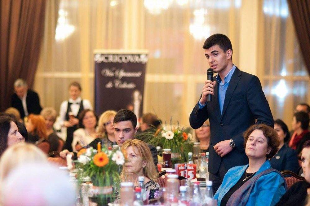 La 19 ani, altii nici nu stiu ce-i de capul lor, Radu Berteanu a fost admis la Oxford si are un scop clar: Vreau sa schimb viata a MILIOANE de oameni!