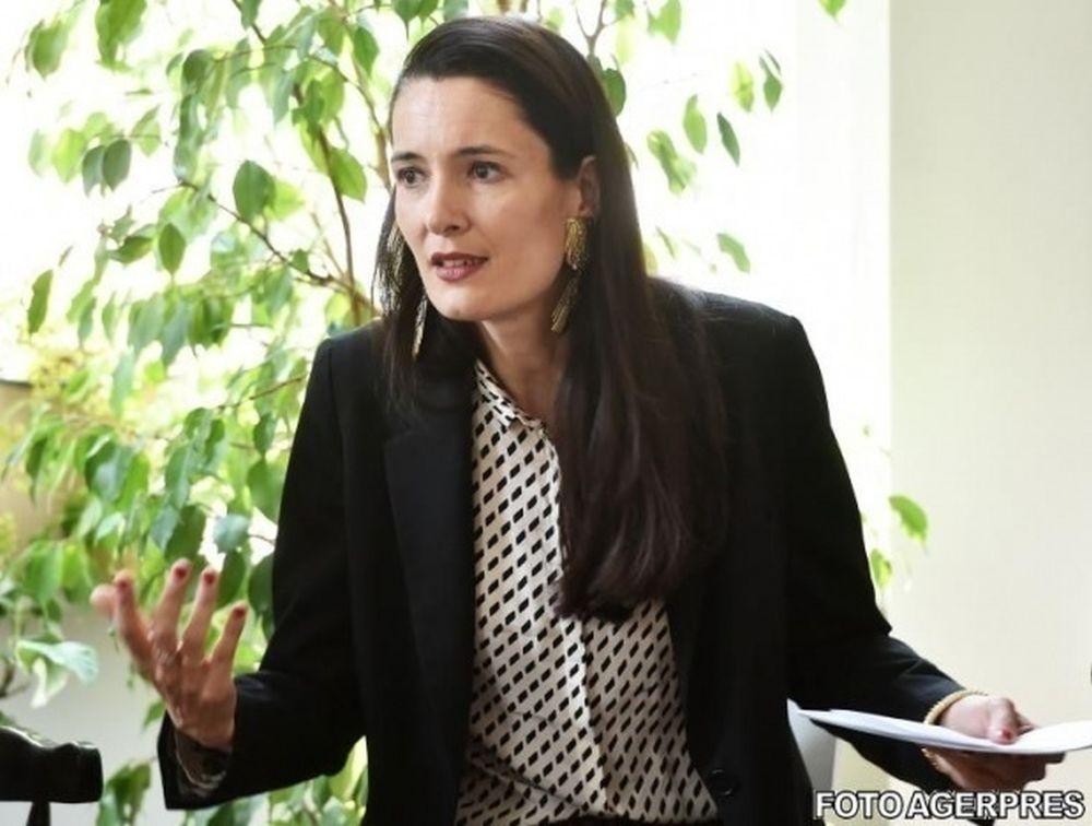 Clotilde Armand raspunde acuzatiilor lui Dragnea: Un infractor ne da lectii de economie!