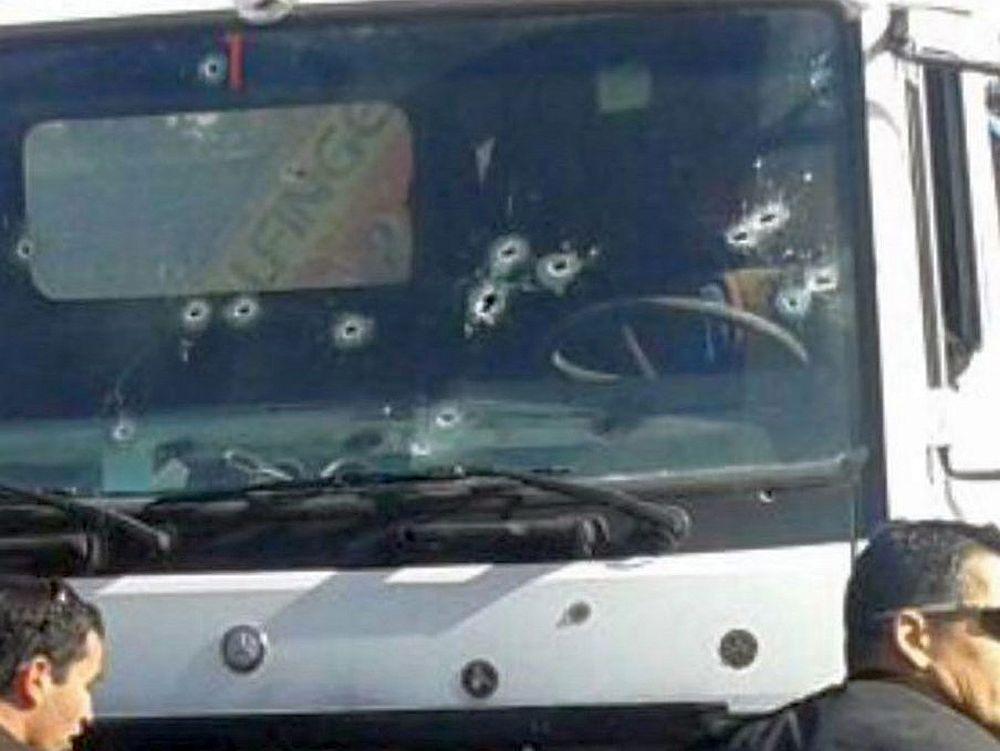 Atac TERORIST in Orasul Sfant: Un camion a intrat cu viteza in multimea de oameni! Soferul a fost IMPUSCAT MORTAL!