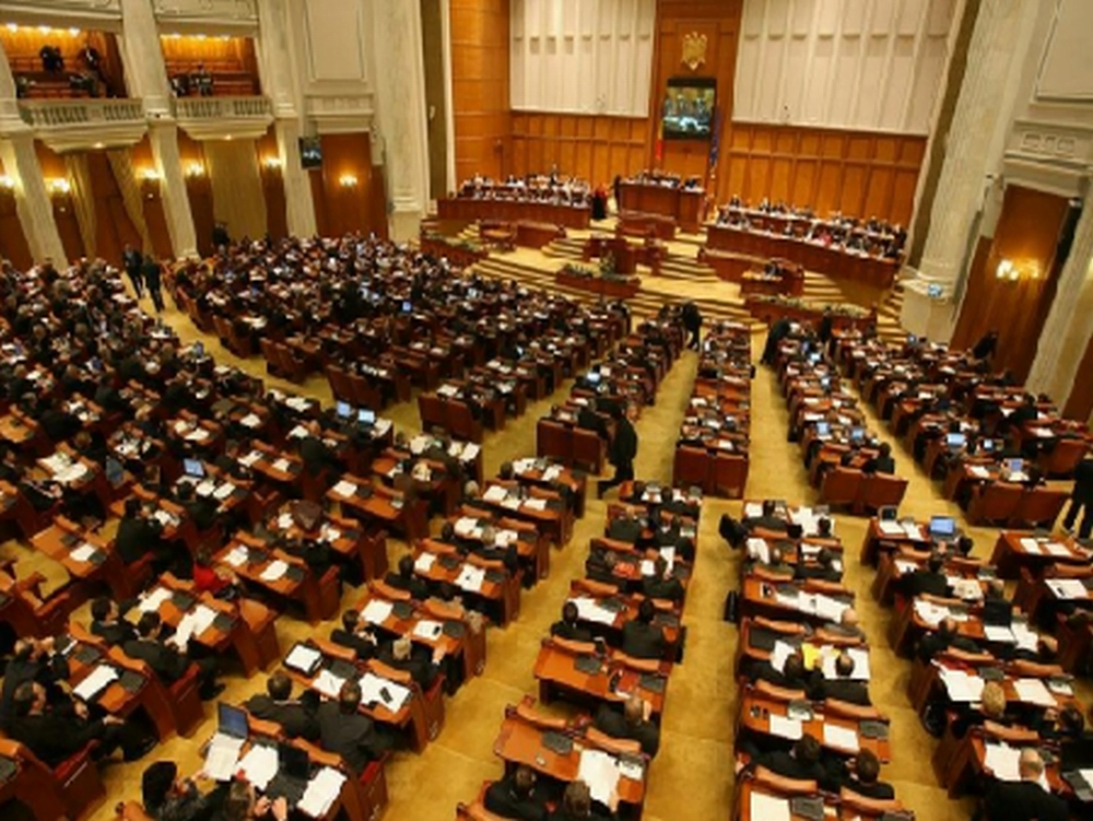 Cel mai tanar parlamentar roman e SOCAT de ce a gasit: Am avut iluzii prea mari!