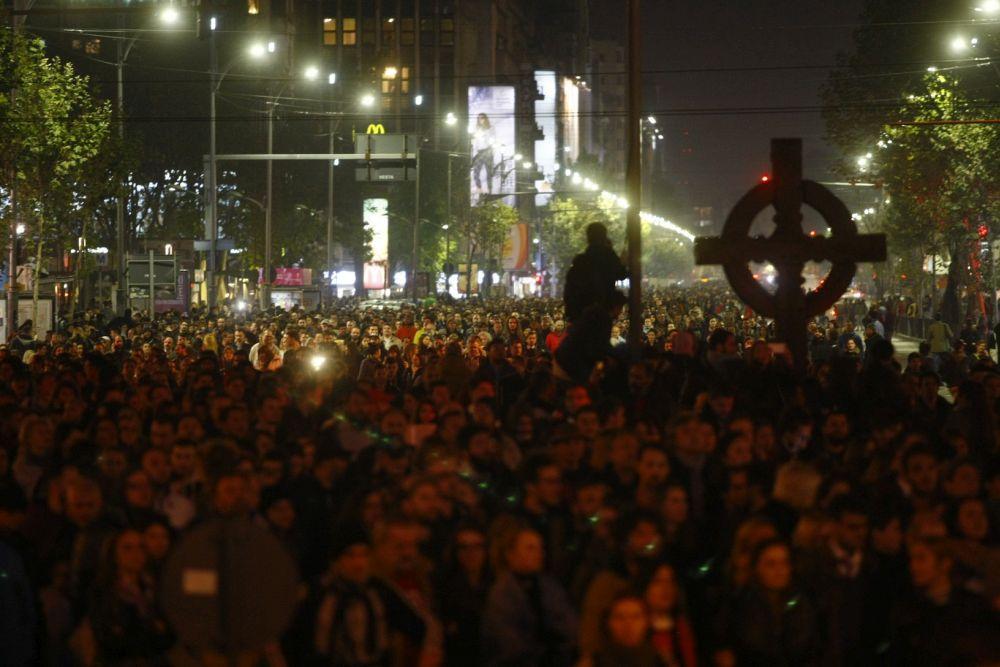 Mobilizare FARA PRECEDENT in toata Romania si in diaspora! Proteste MASIVE anuntate diseara impotriva GRATIERII si schimbarii Codului Penal!