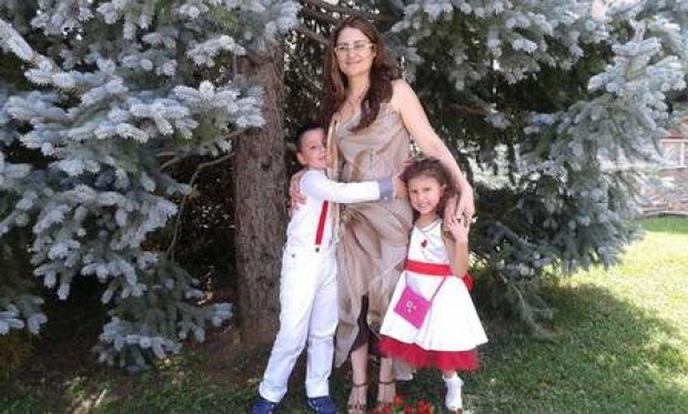 O romanca, alaturi de cei doi copii ai ei, dati DISPARUTI dupa avalansa din Italia!