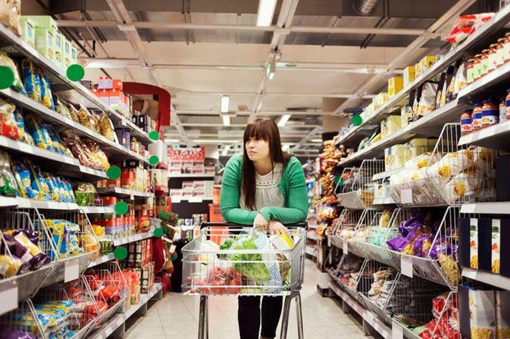 Doua mari lanturi de supermarketuri DISPAR complet din Romania in 2017!