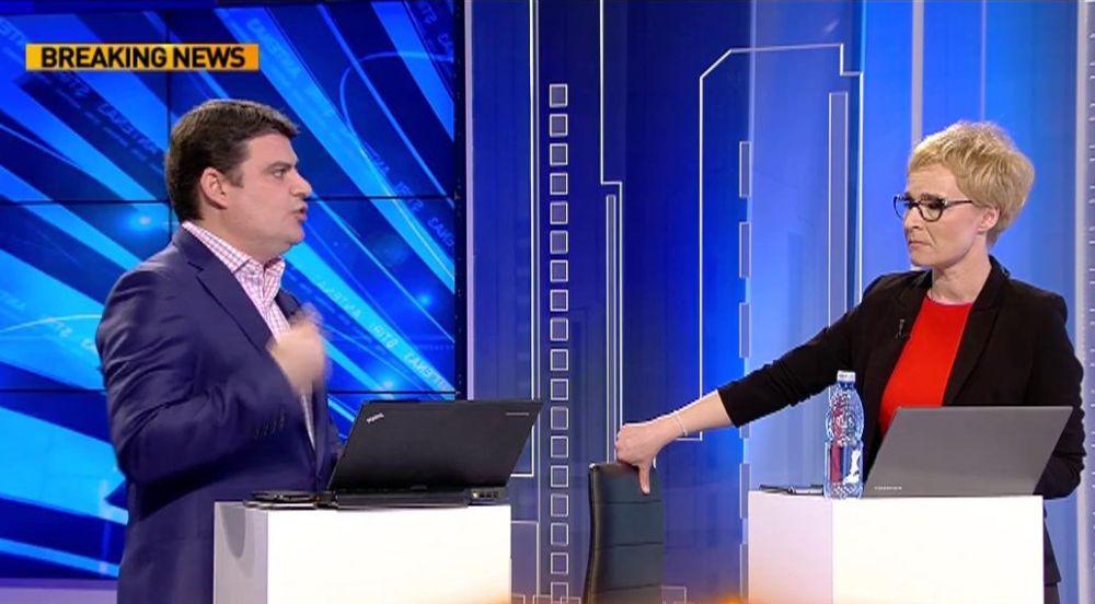 Lider PSD umilit la Antena 3: Vreti sa va CALC IN PICIOARE?!