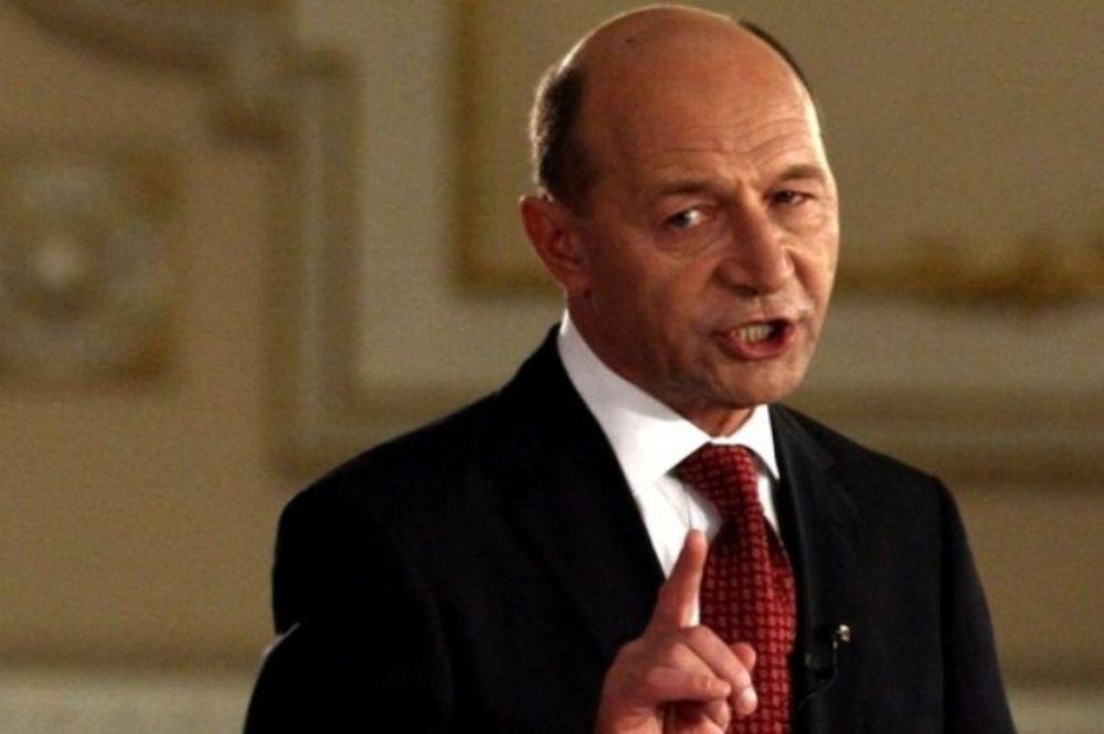 Basescu a TURBAT dupa decizia de a NU o demite pe Kovesi: Tudorel Toader este o SLUGA, un martifoi!