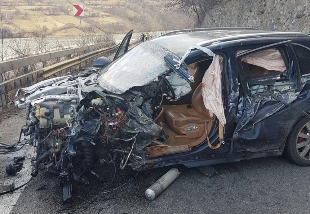 Lucian Isar, sotul Alinei Gorghiu, a BLOCAT COMPLET Valea Oltului! A condus NEBUNESTE pana a provocat un accident GRAV!