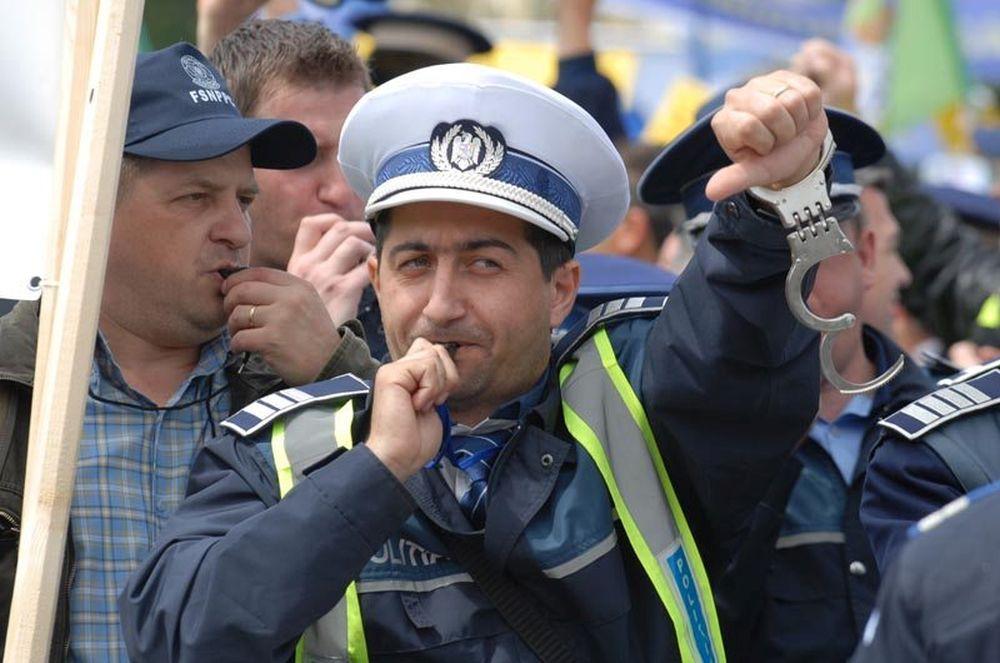 "Politistii din toata Romania spun ca PSD i-a inselat si anunta PROTESTE masive! ""Vom iesi 10.000 in strada!"""