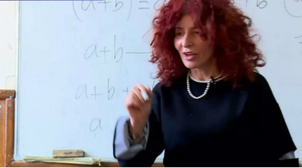 "O profesoara din Romania a revolutionat modul in care a este predata matematica! Tocmai a fost nominalizata la ""Premiul NOBEL pentru educatie""!"