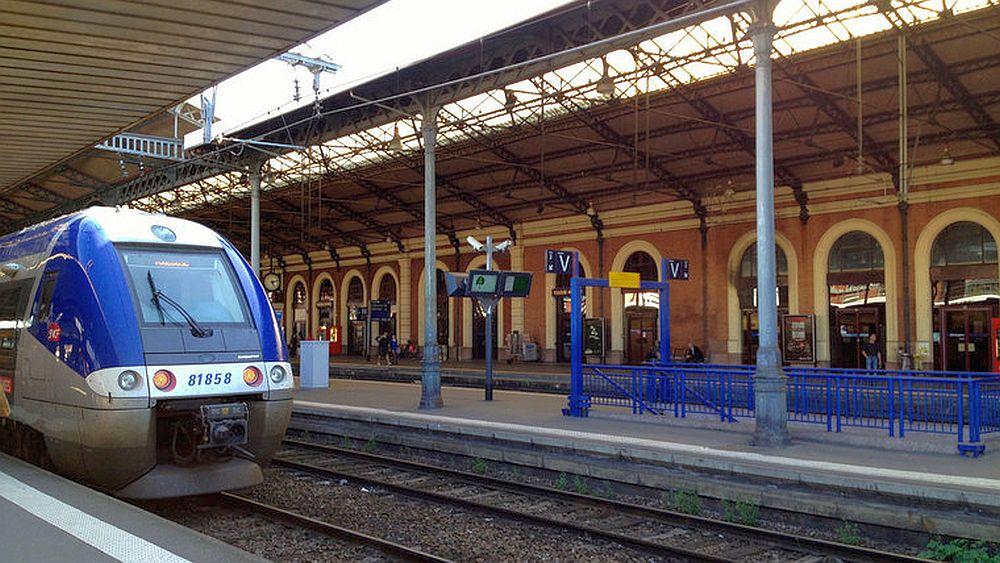 Orice roman care implineste 18 ani poate calatori GRATIS in Europa, cu trenul!