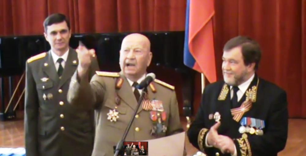 Uite cine conduce Romania! Unchiul lui Liviu Dragnea a fost general in Armata Rosie a lui Stalin, iar Putin l-a DECORAT de doua ori!