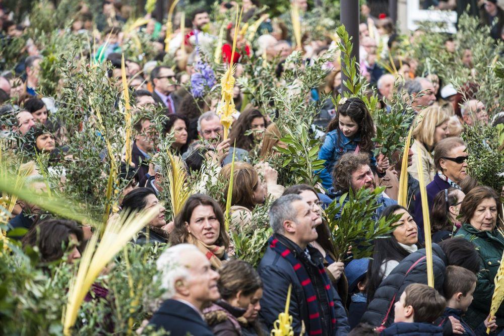 Sarbatoare minunatata astazi in Romania: Nunta urzicilor sau Floriile! Ce spune traditia ca e bine sa faci ca sa ai un an implinit!