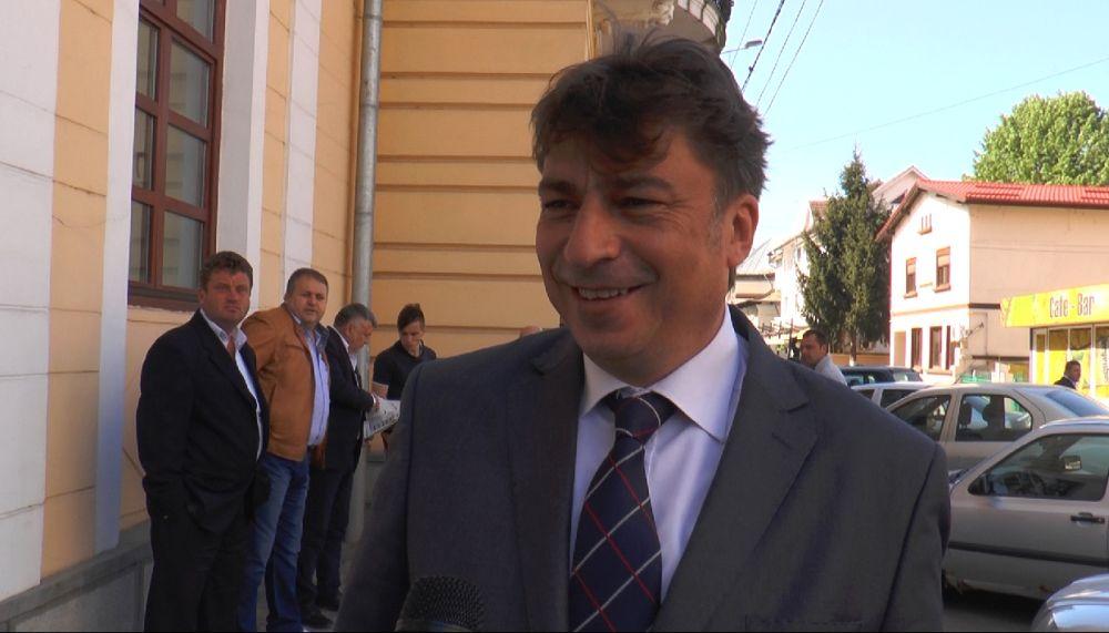 Un deputat roman a dat teapa Camerei Deputatilor! Vezi care-i jmenul deputatului!