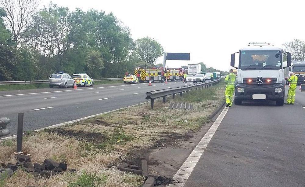 Doi romani au murit intr-un accident grav pe o autostrada din Marea Britanie!