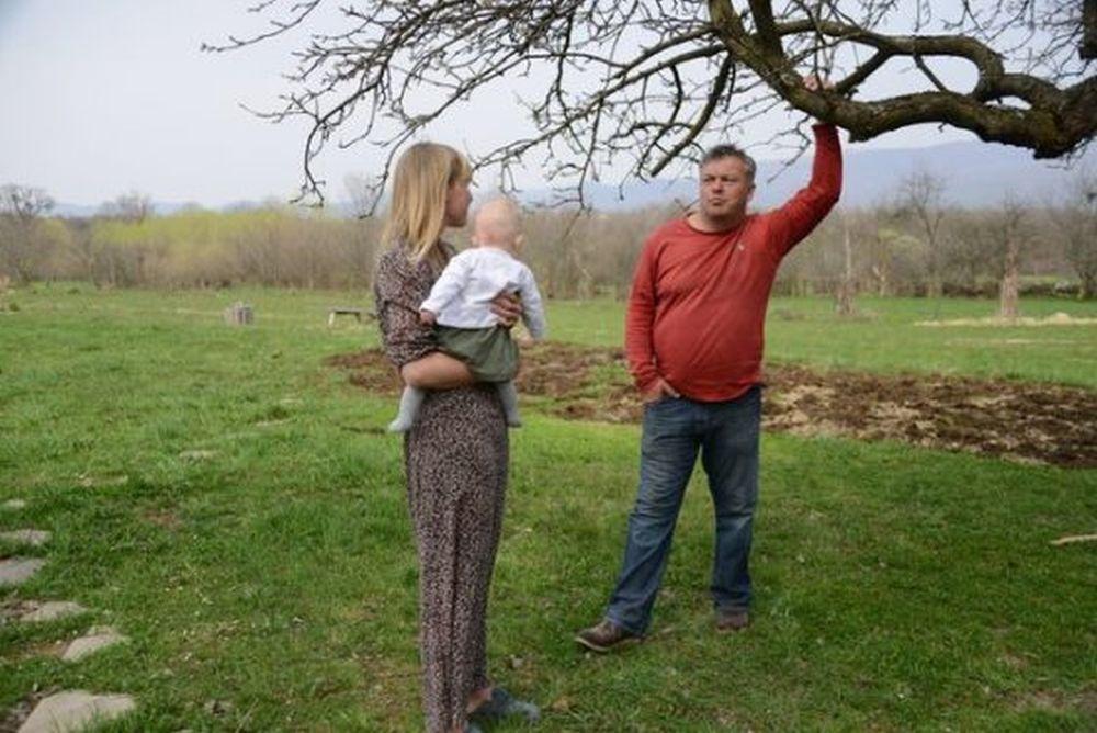 Doi englezi au venit sa viziteze Romania si n-au mai plecat! Ce vad ei la tara noastra si noi nu mai regasim?!