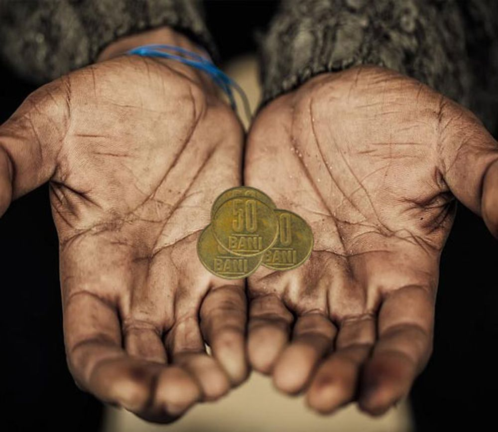 Avertismenul Bancii Nationale pentru romani: Stabilitatea economica a tarii este in PERICOL din cauza noii bule imobiliare!