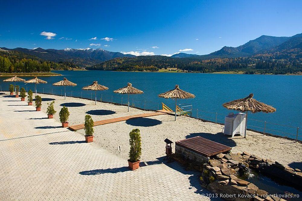 FOTO-VIDEO Cea mai frumoasa statiune din Romania! Totul este rezervat complet pana in 2018!