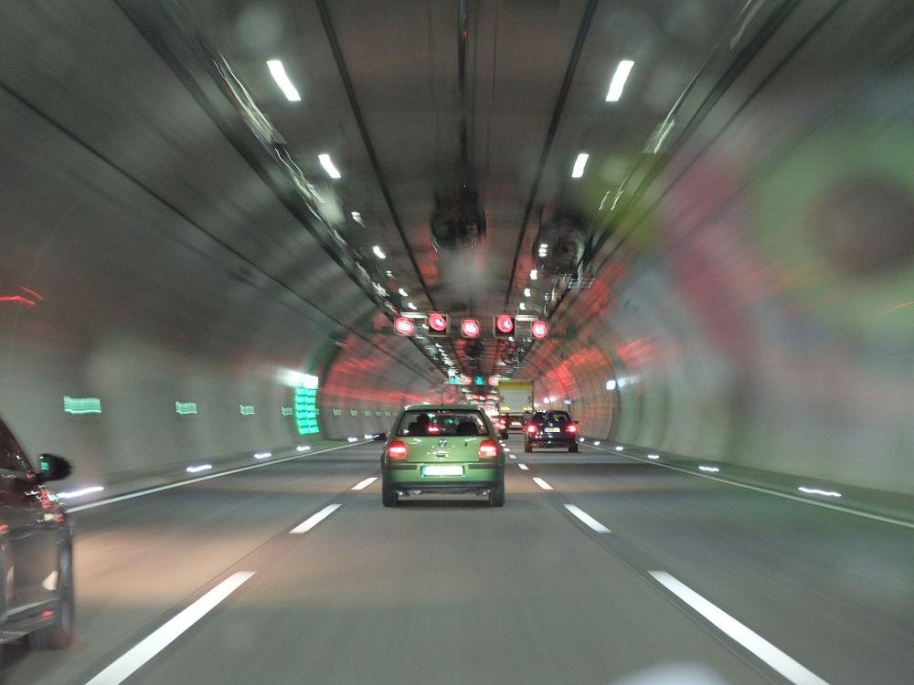 FOTO – CEL MAI LUNG tunel de autostrada din Romania! Vezi pe unde va trece!