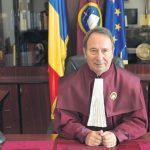 Preşedintele Iohannis sesizează CCR pe modificările aduse Legii administraţiei publice locale