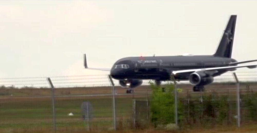 Efectele infrastructurii din Romania: Zeci de turisti americani au venit sa viziteze Bucovina cu un avion privat!